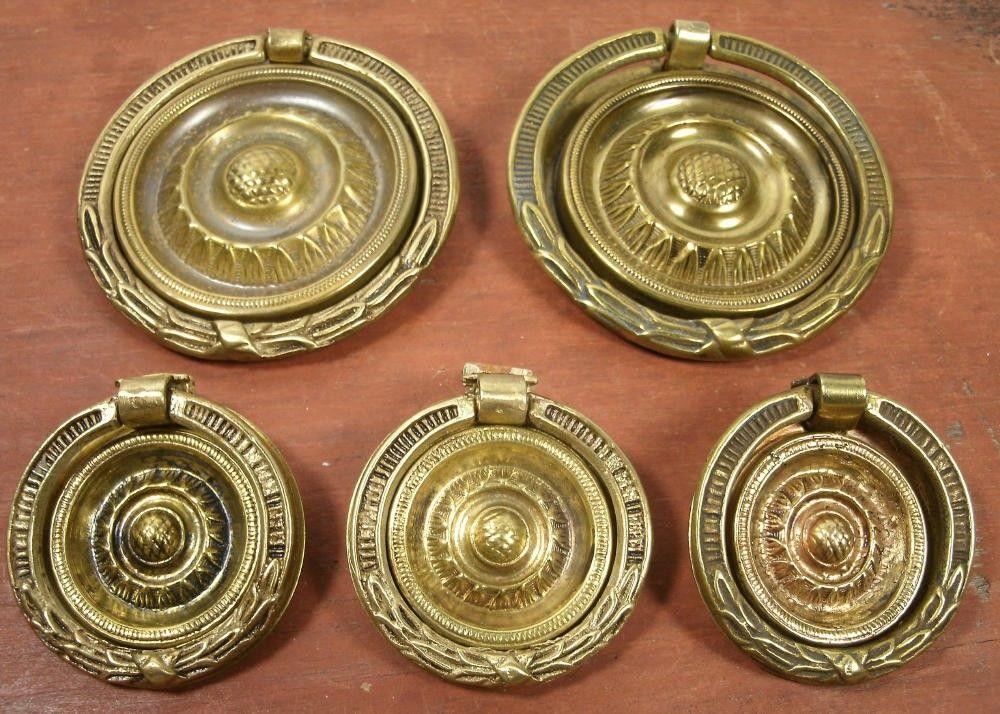 Vintage Antique Set of 5 Brass Sheriton Hepplewhite Style Round Drawer Pulls  - Furniture Hardware - Brass Sheriton Hepplewhite Style Round Drawer Pulls Antique