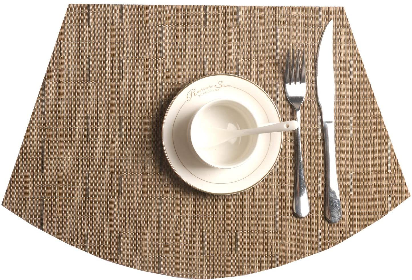 Amazon Com Shacos Round Table Placemats Wedge Placemats Set Of 4 Heat Resistant Table Mats Washable 4 Bamboo Placemats For Round Table Table Mats Placemats