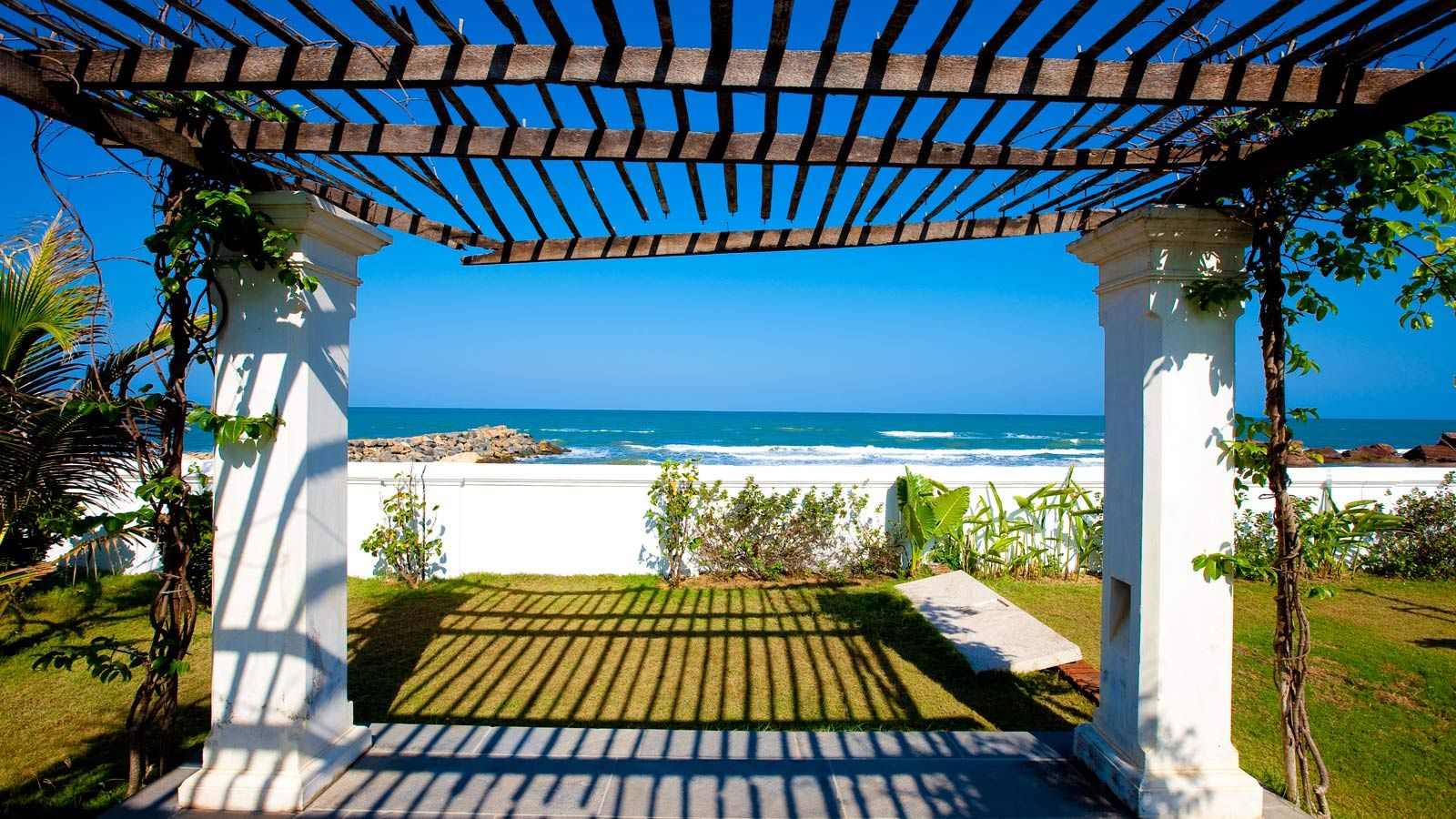 The Beach At Your Doorstep Bungalow On Tranquebar Tamil Nadu