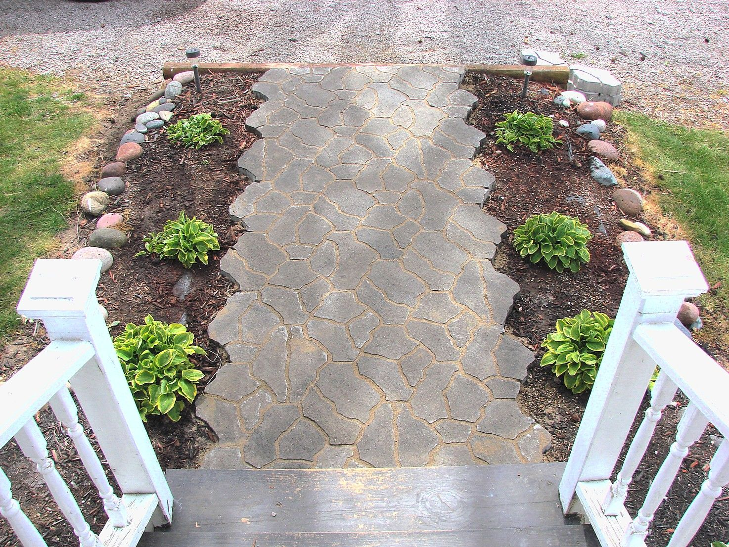 Great Inexpensive Sidewalk Ideas, DIY Sidewalk, Walkway Design Ideas On A Budget  11 | Outdoors