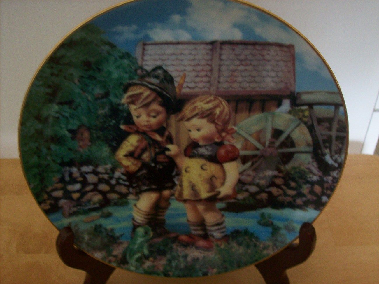 """Hummel Danbury Mint 1992 """"Hello Down There"""" Collectors Plate $25.00"""