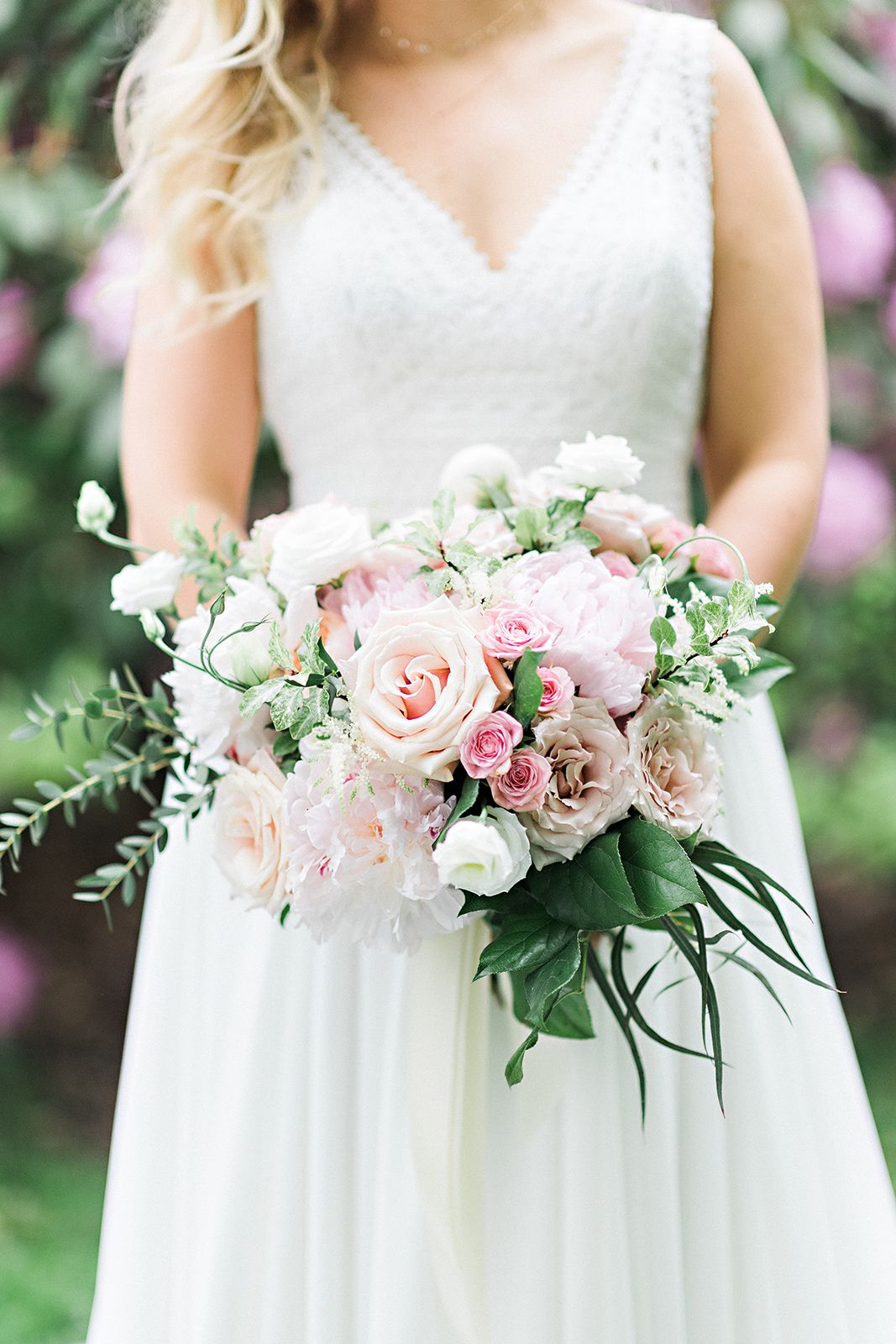 Katherine Mike S Seaport Farmers Market Wedding In Downtown Halifax Farmers Market Wedding Wedding Marketing Blush Pink Bouquets