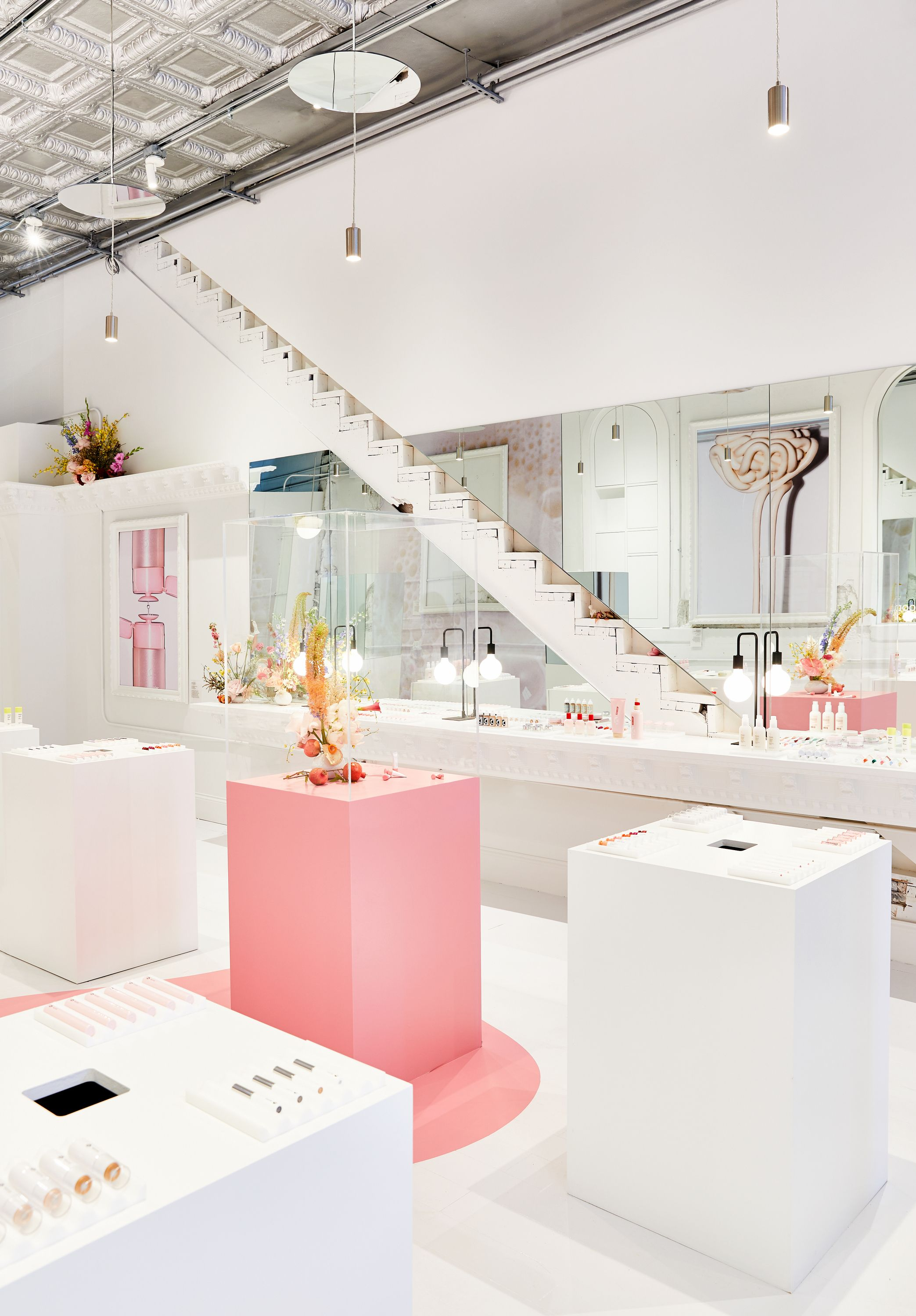 3b0cb088ba7 Glossier to debut a pop-up retail experience in the West Loop later this  week