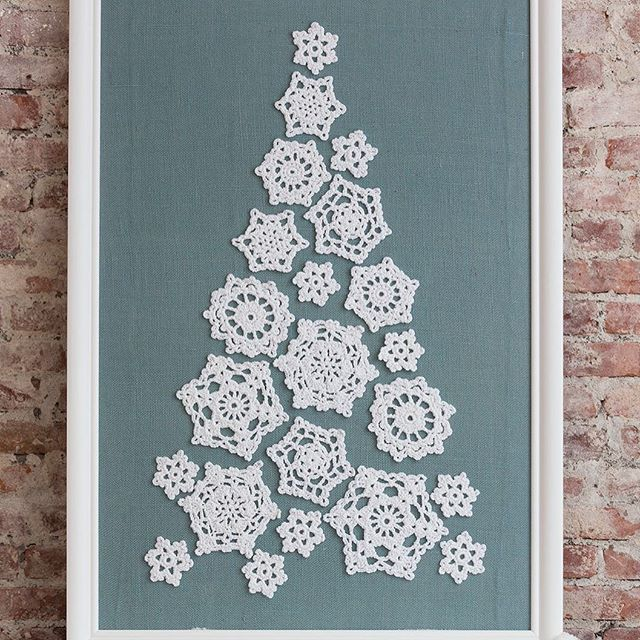 Attach Doilies To A Board For An Instant Tree We Have Instructions