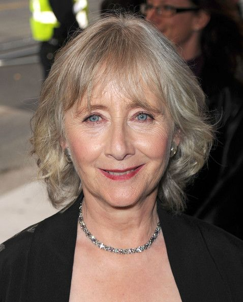Tips: Gemma Jones, 2017s alternative hair style of the beautiful friendly  actress