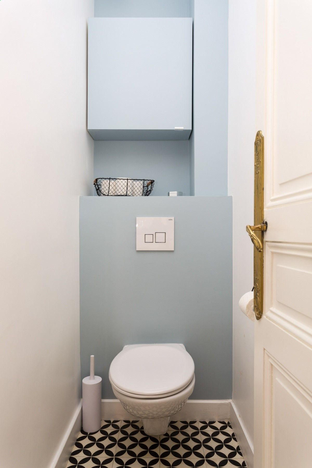 carreaux de ciment #toilettes #wc #farrowandball #parmagray ...