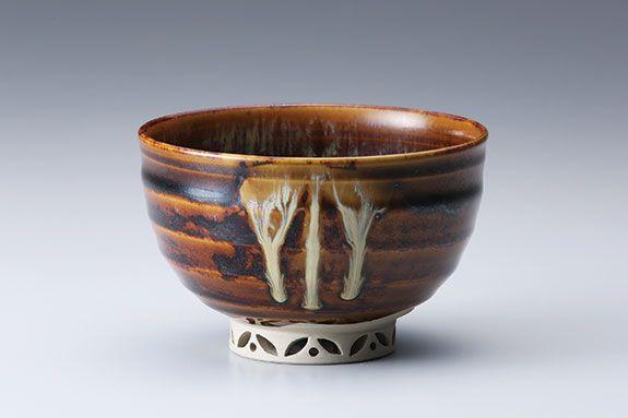 "Miraku Kamei XV, Tea bowl (chawan), with shippo design openwork foot, stoneware, 3 x 4.5 x 4.5"""