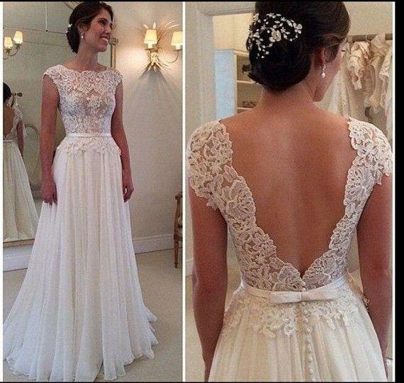 Under V 1000 Wedding Dresses