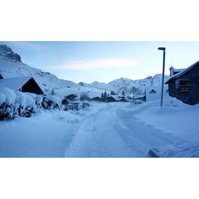 Impresionante paisaje nevado  Foto: JL Baigorri vía #turispaingram