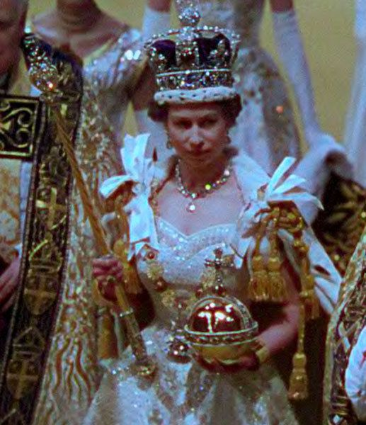 Diamond Jubilee The Queen S Coronation Film Is Shown For First Time In 59 Years Queen S Coronation Her Majesty The Queen Royal Queen