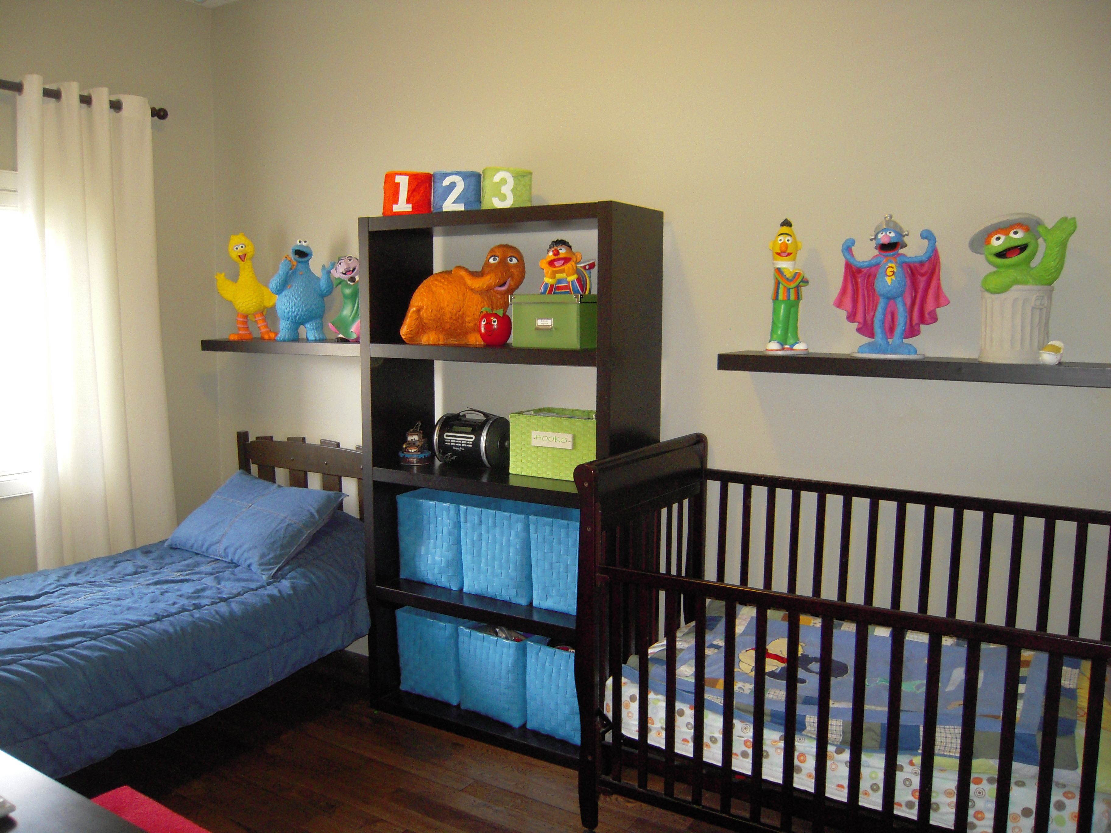 Pin By Jessica Tripp On Home Decor Boy Toddler Bedroom Sesame