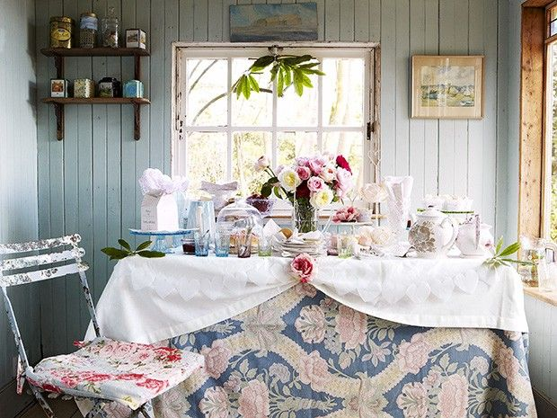 Set the scene for a country tea party - Afternoon tea table setting ideas & Set the scene for a country afternoon tea party | Afternoon tea ...