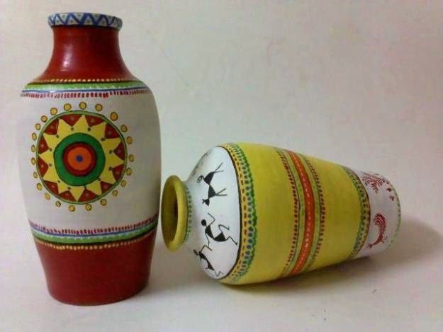 A Collection of Pot Painting Designs from Vidhi Kalakriti (NGO)