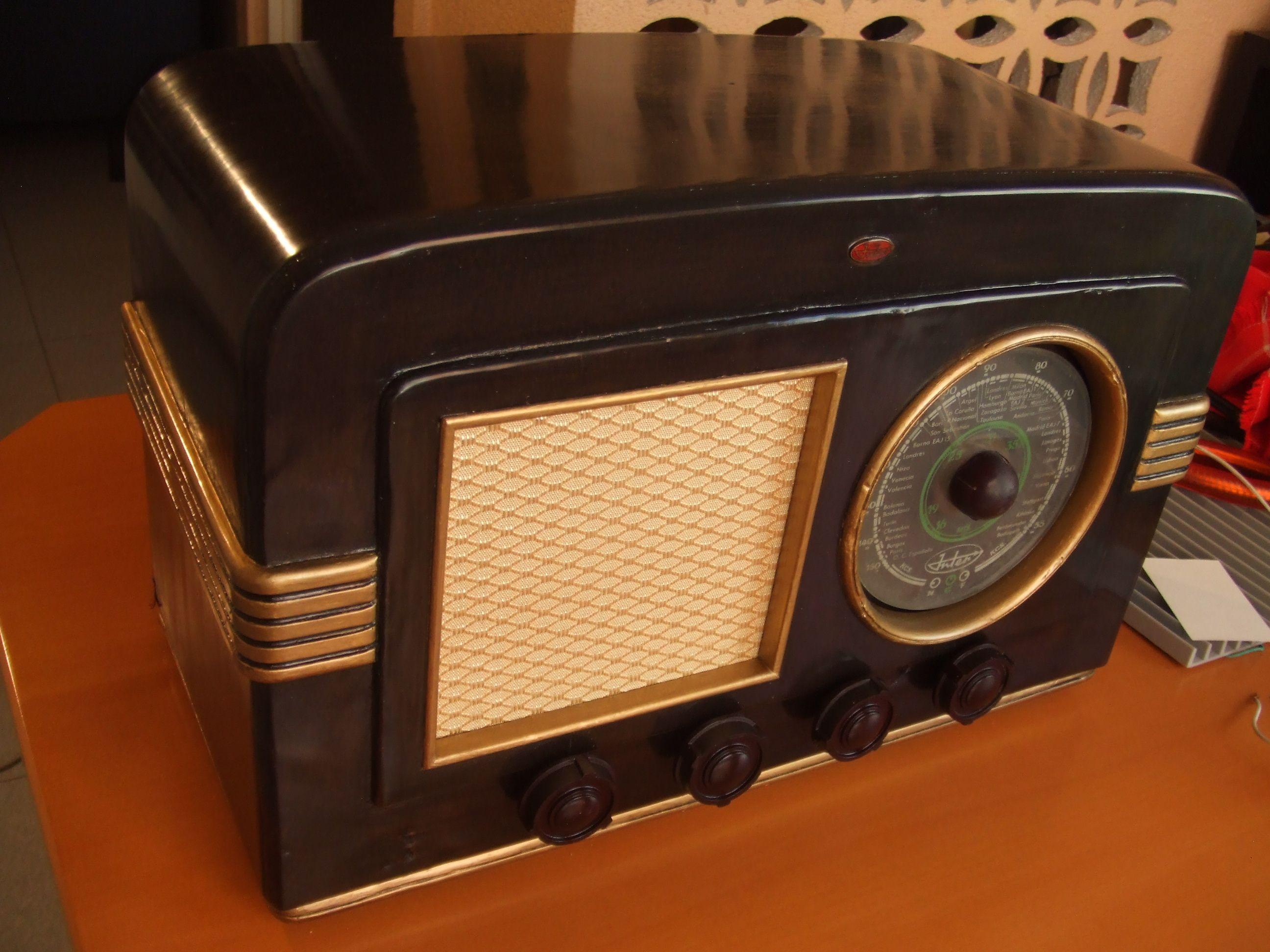 "Inter Horizonte Azul (1949) ""Antique radio"", ""Tube radio"