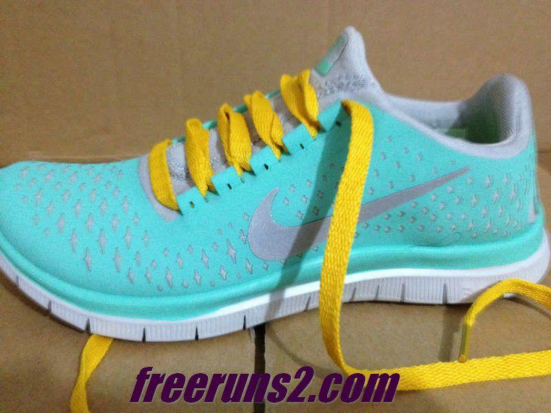 6044beac4863 Womens Nike Free 3.0 V4 Tropical Twist Reflective Silver Pro Platinum  Yellow Tropical Twist New Nike