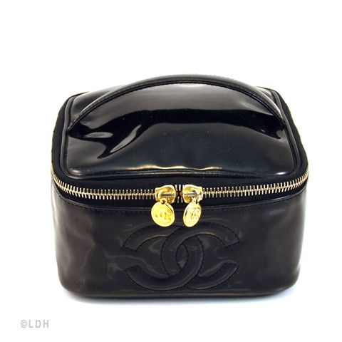494353e06450 Chanel Cosmetic Case (Authentic Pre Owned)