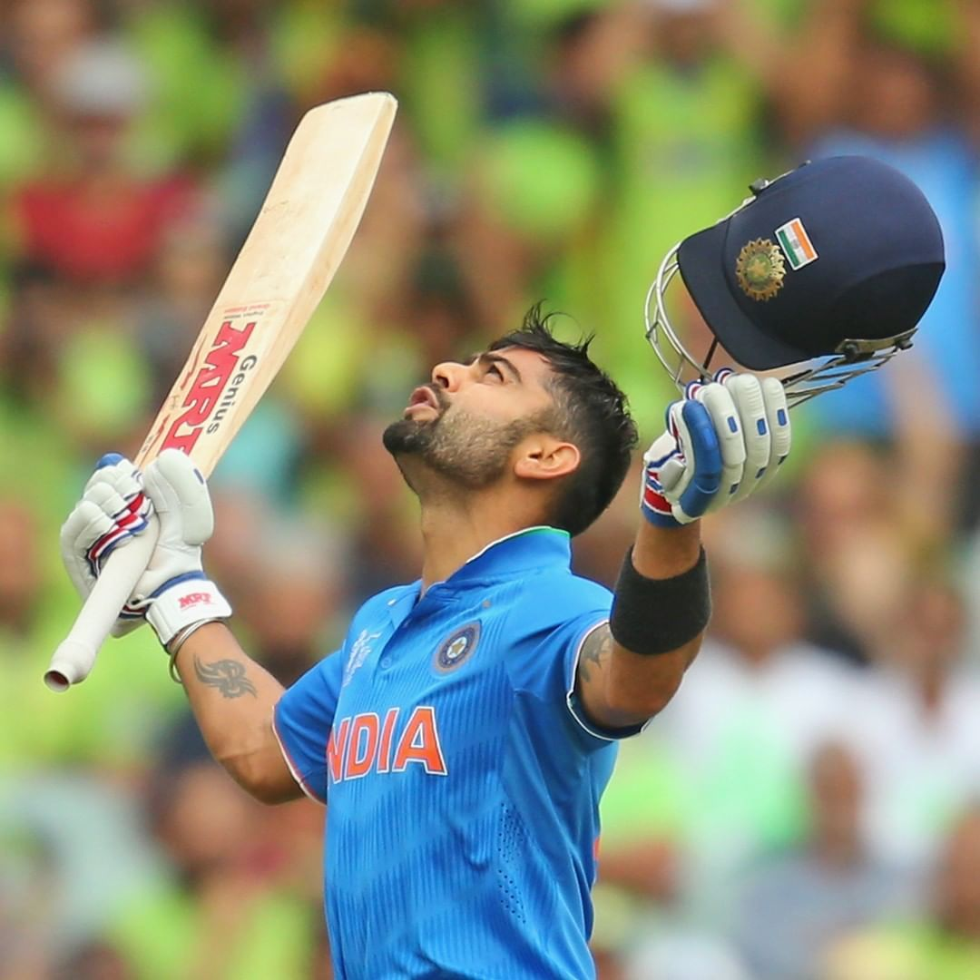 Virat Kohli Comes To The Crease The Last Time He Batted Against Pakistan In The World Cup He Scored A Mat India Cricket Team Virat Kohli Latest Cricket News