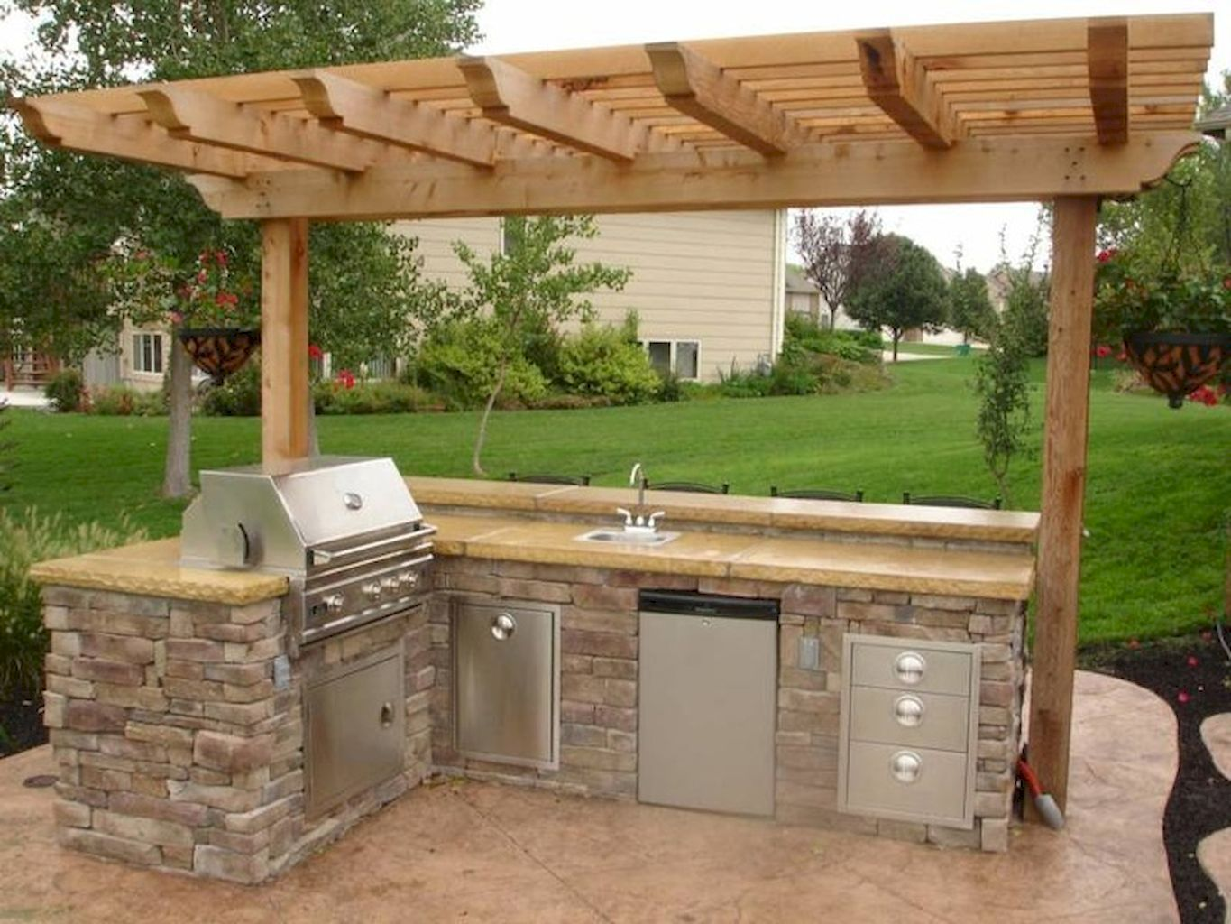 awesome outdoor kitchens ideas on a budget budgeting kitchens