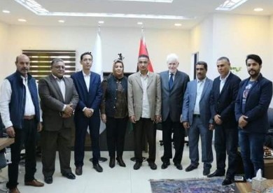 تصحيح المسار الاقتصادي على أجندة مجلس إدارة أصحاب الأعمال الليبيين Libya Academic Dress Dresses