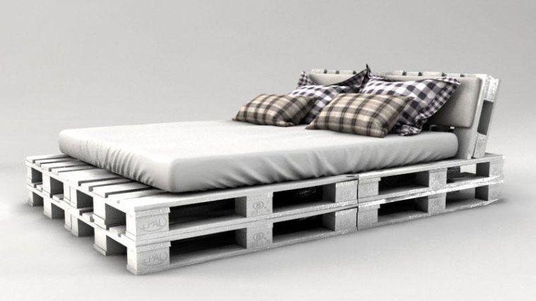 Palettenbett Mit Lattenrost In Weiss Bett Aus Paletten Palettenbett Bett Mit Lattenrost