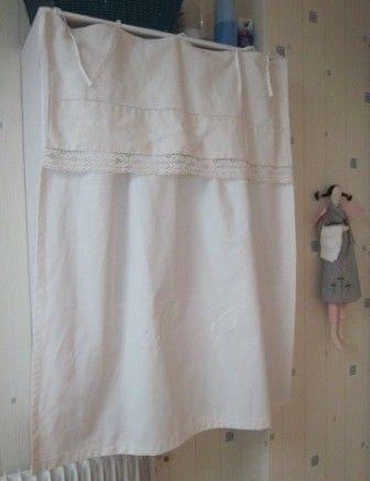 rideau confectionne dans un ancien drap