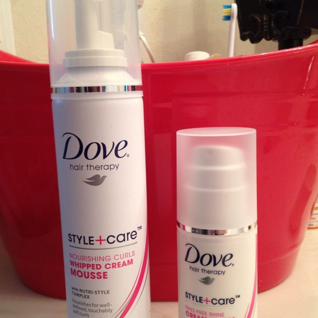 Dove Has A Hair Therapy Line For Curly Hair It Is Great The Style Care Mousse Anti Frizz Shin Curly Hair Inspiration Hair Therapy Anti Frizz Products