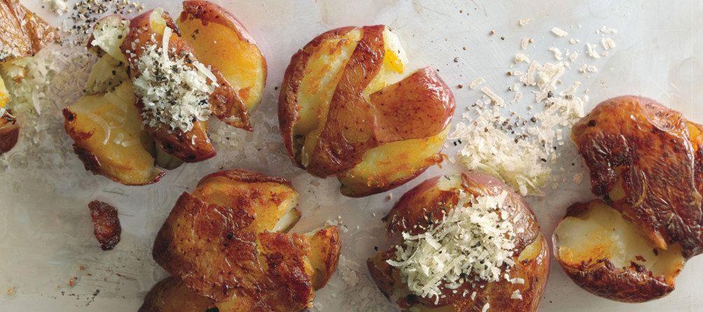 Panfried Smashed Potatoes / photo by Romulo Yanes