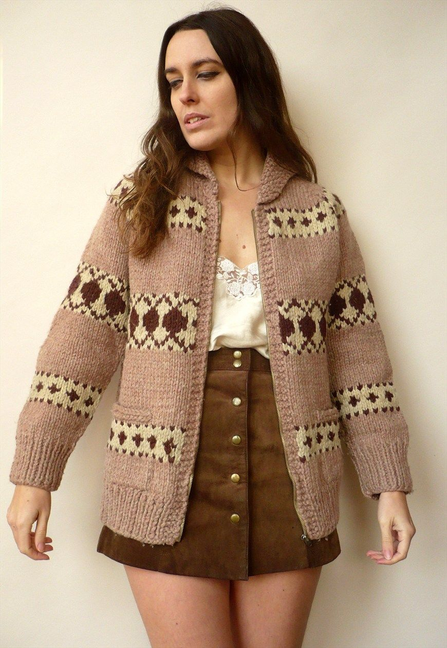 1970's Vintage Knitted Cowichan Canadian Thick Wool