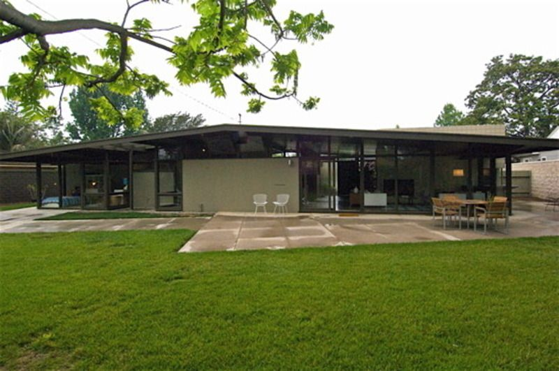 greige exterior color for midcentury modern | Mid Century Home Style
