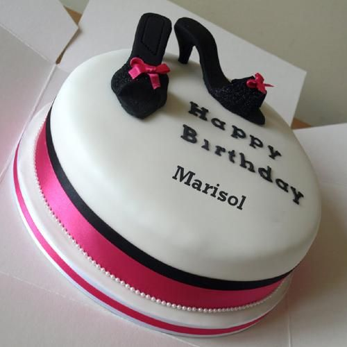 Happy Birthday Dear Mummy Cake With Her Name Cakes and cards for