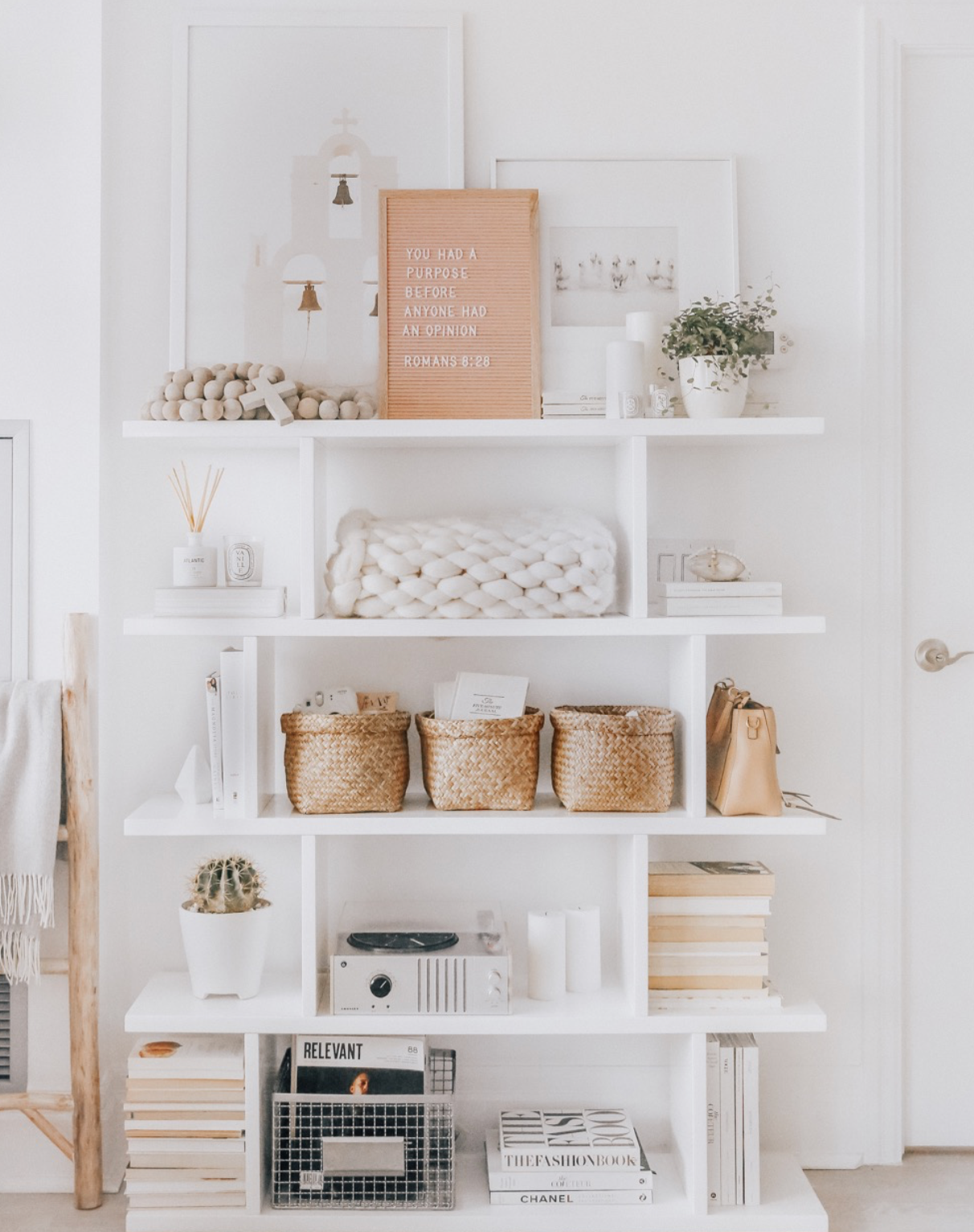 Photo of HOW TO CREATE PERFECTLY STYLED SHELVES