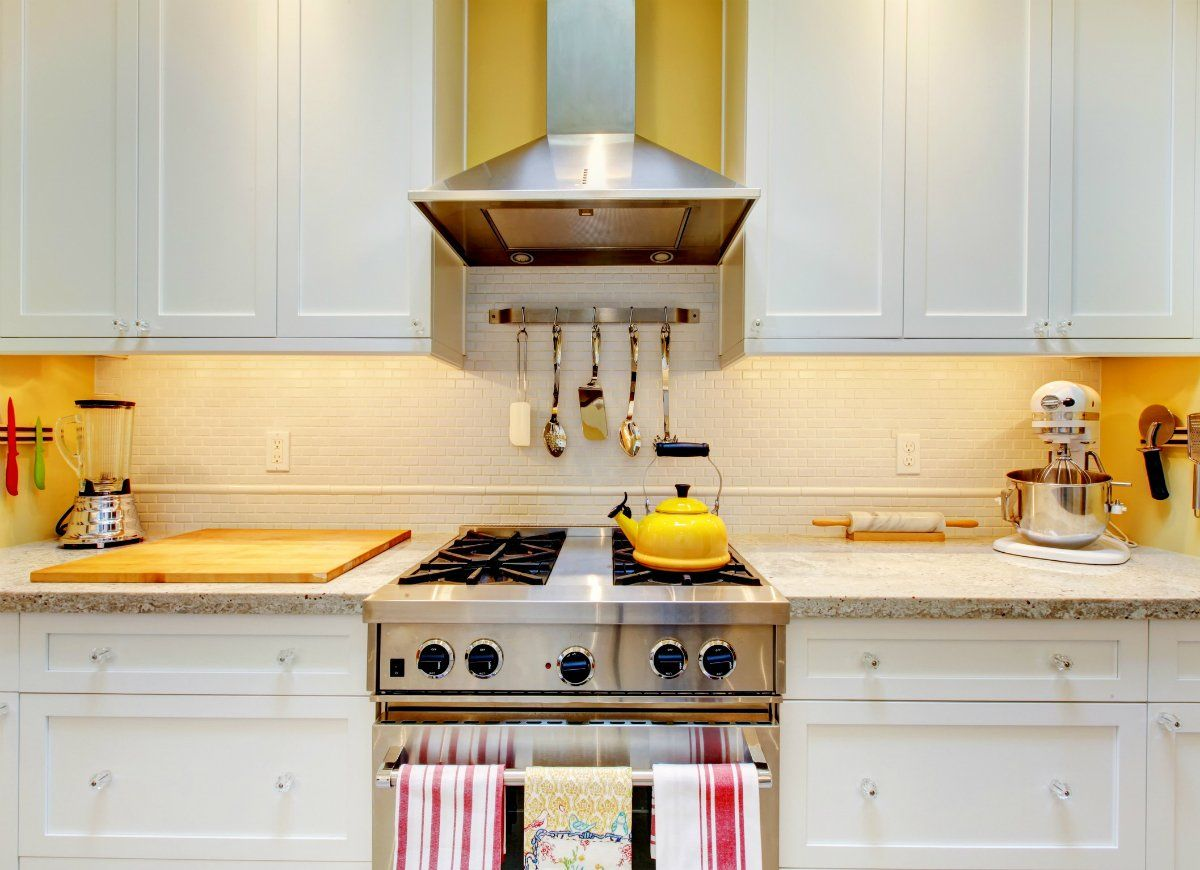 9 Painless Ways To Keep Your Home Forever Clean Quality Kitchen Cabinets Clean Kitchen Cabinets Kitchen Cabinet Trends