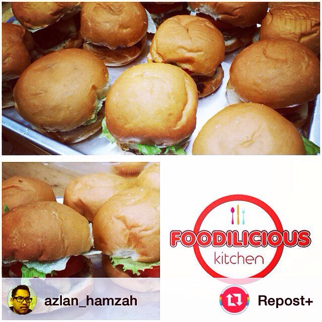 """@azlan_hamzah: @foodiliciouskitchen homemade mini burger. Great for kids party!"" #repost #repost+"