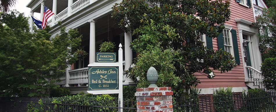 The Ashley Inn in Charleston, South Carolina Bed and