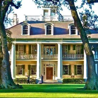 Love old plantation homes especially in Louisiana