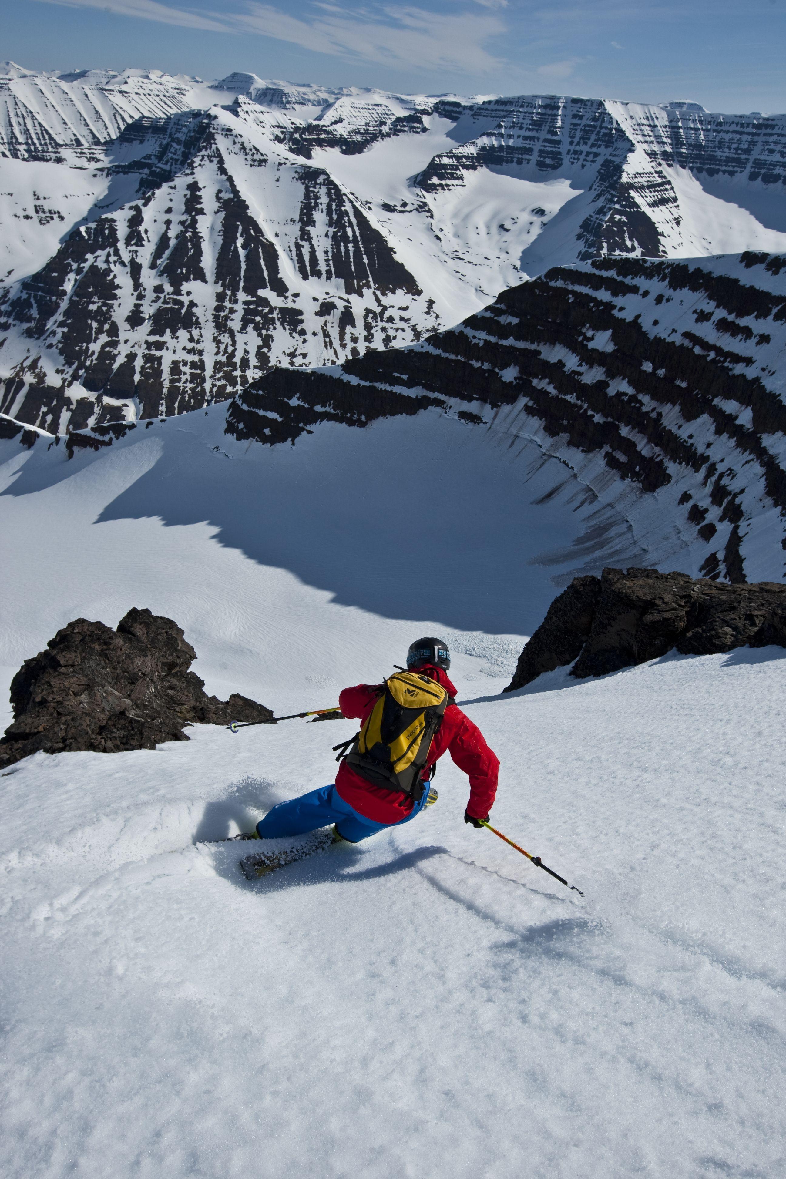 Heli Skiing In Iceland Alpine Skiing Skiing Snowboard