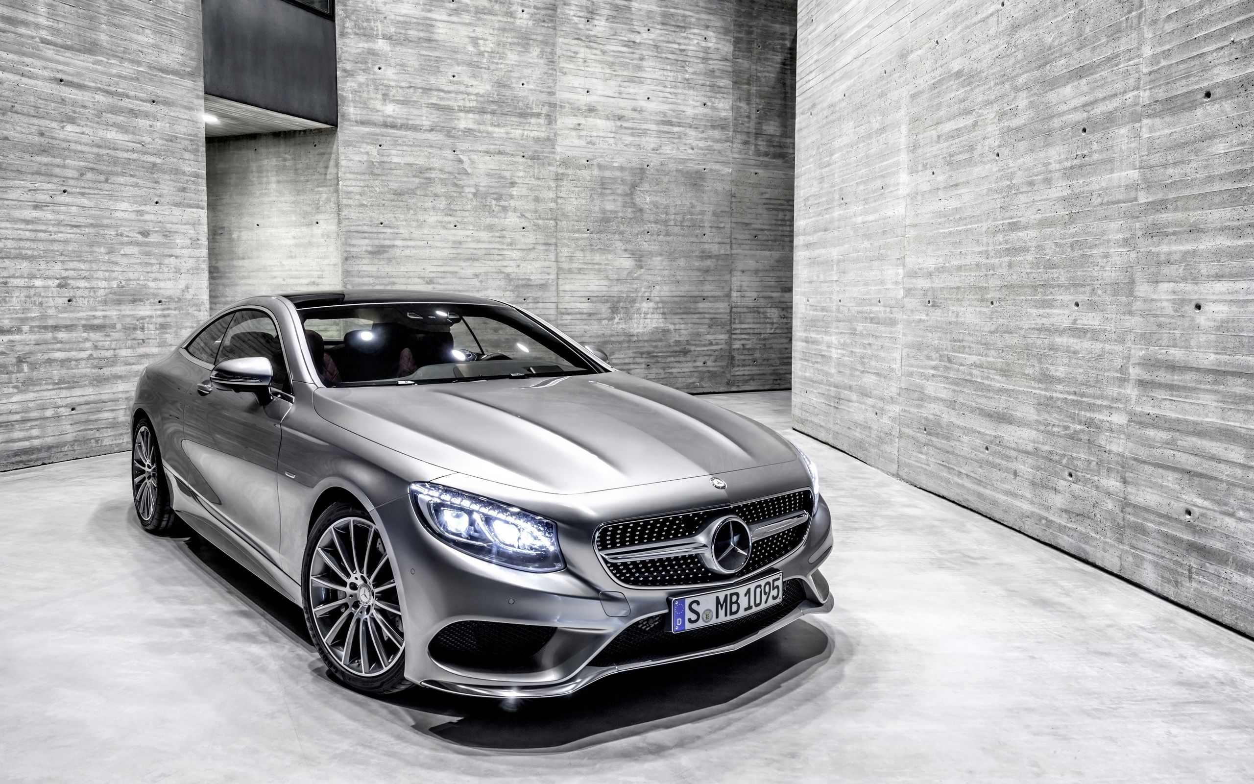 Mercedes benz s class w221 road luxury cars mercedes cars wallpapers pinterest