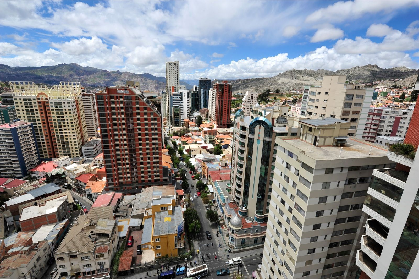 La Paz es una de las Siete Ciudades Maravilla del Mundo - La Razón