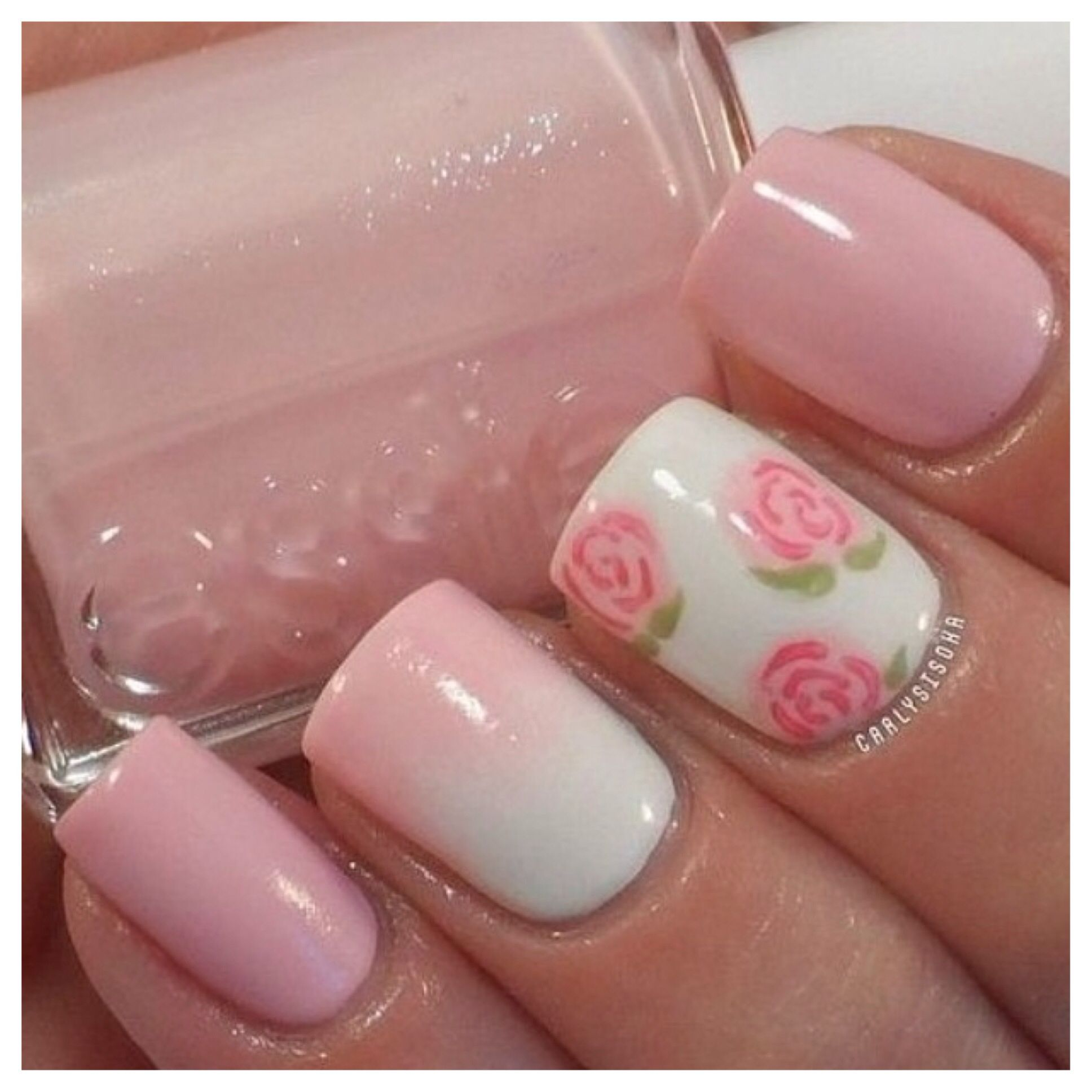Love the gradient and flower!