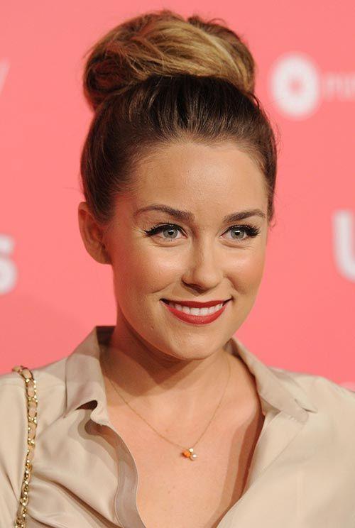 Lauren Conrad's Best Hairstyles: Classic Bun  #Laurenconrad #hairstyles #hair