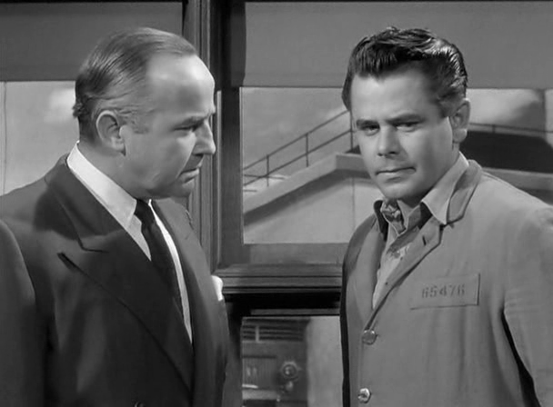Broderick Crawford and Glenn Ford in Convicted (1950) Directed by Henry  Levin | Broderick crawford, Noir, Movies