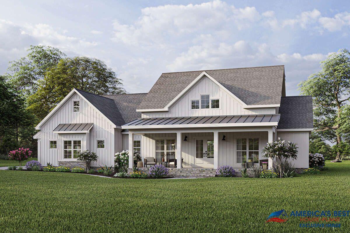 Modern Farmhouse House Plan 8318