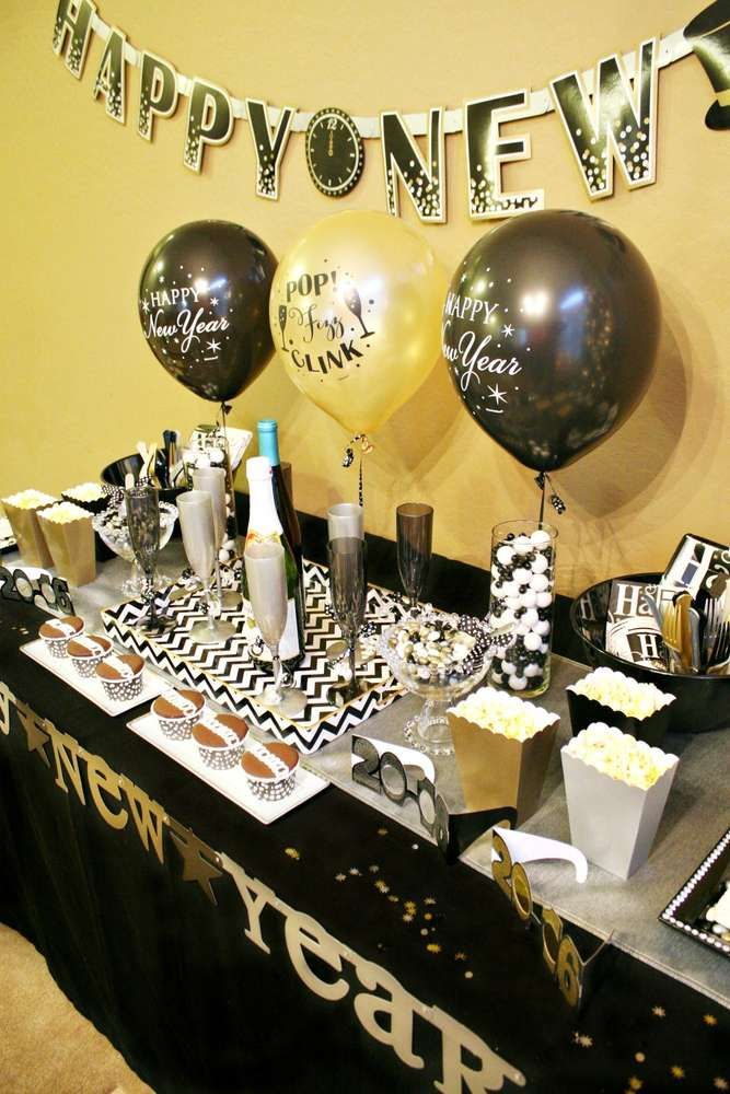 New Year S Party Ideas Photo 10 Of 13 New Years Party Kids New Years Eve New Years Eve Party
