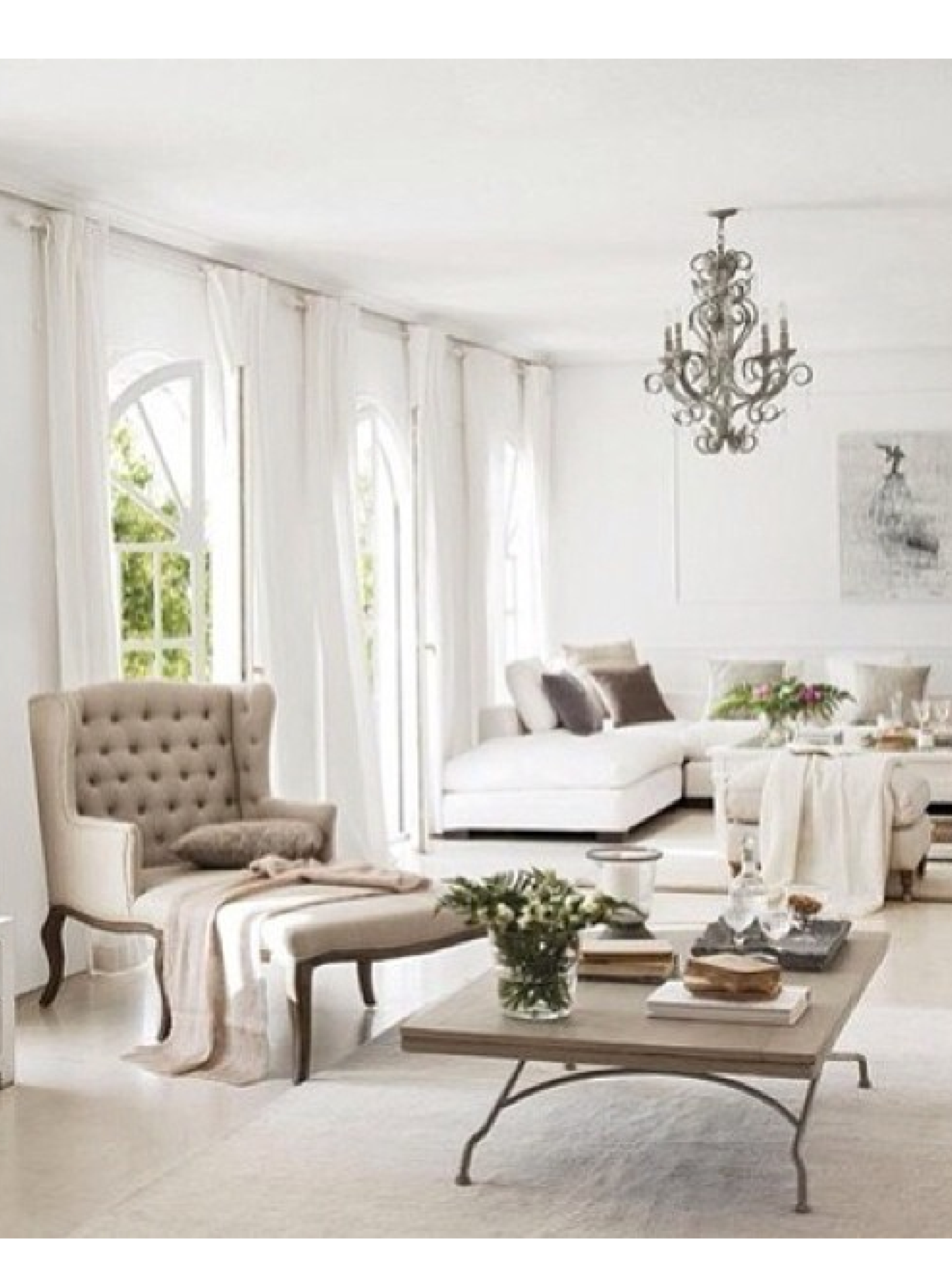 bright and airy | Woman Cave | Pinterest | Bright, Living rooms and ...