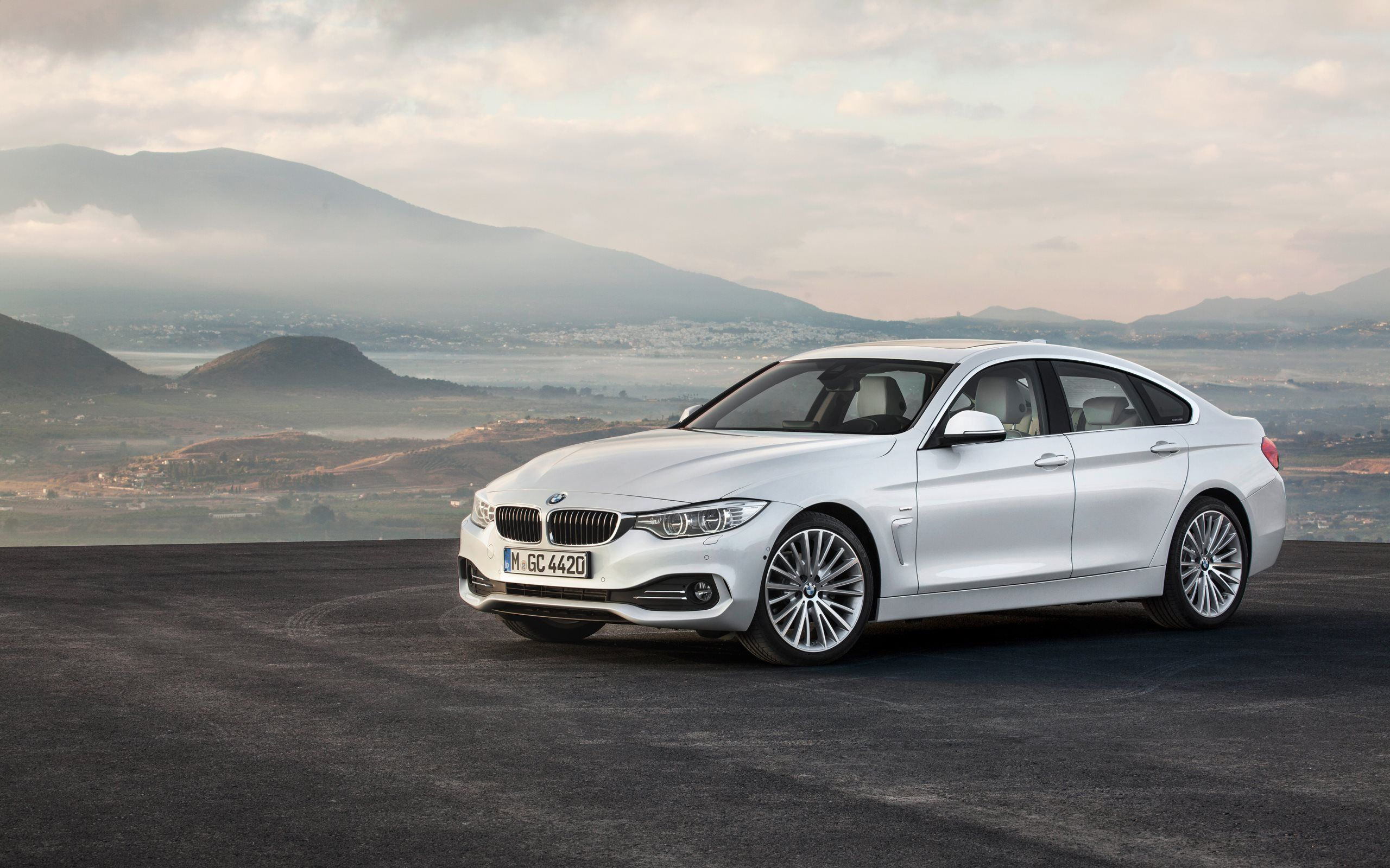 Hd Bmw Series Wallpapers And Photos Hd Cars Wallpapers Bmw 4