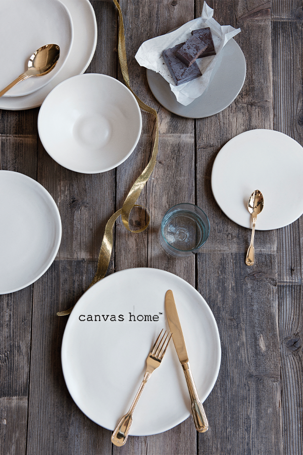 Canvas Home Loves Cutlery That Increases Your Eating Pleasure Madrid Colored Cutlery Classic Cutlery Gold Cutlery Set Gold Cutlery