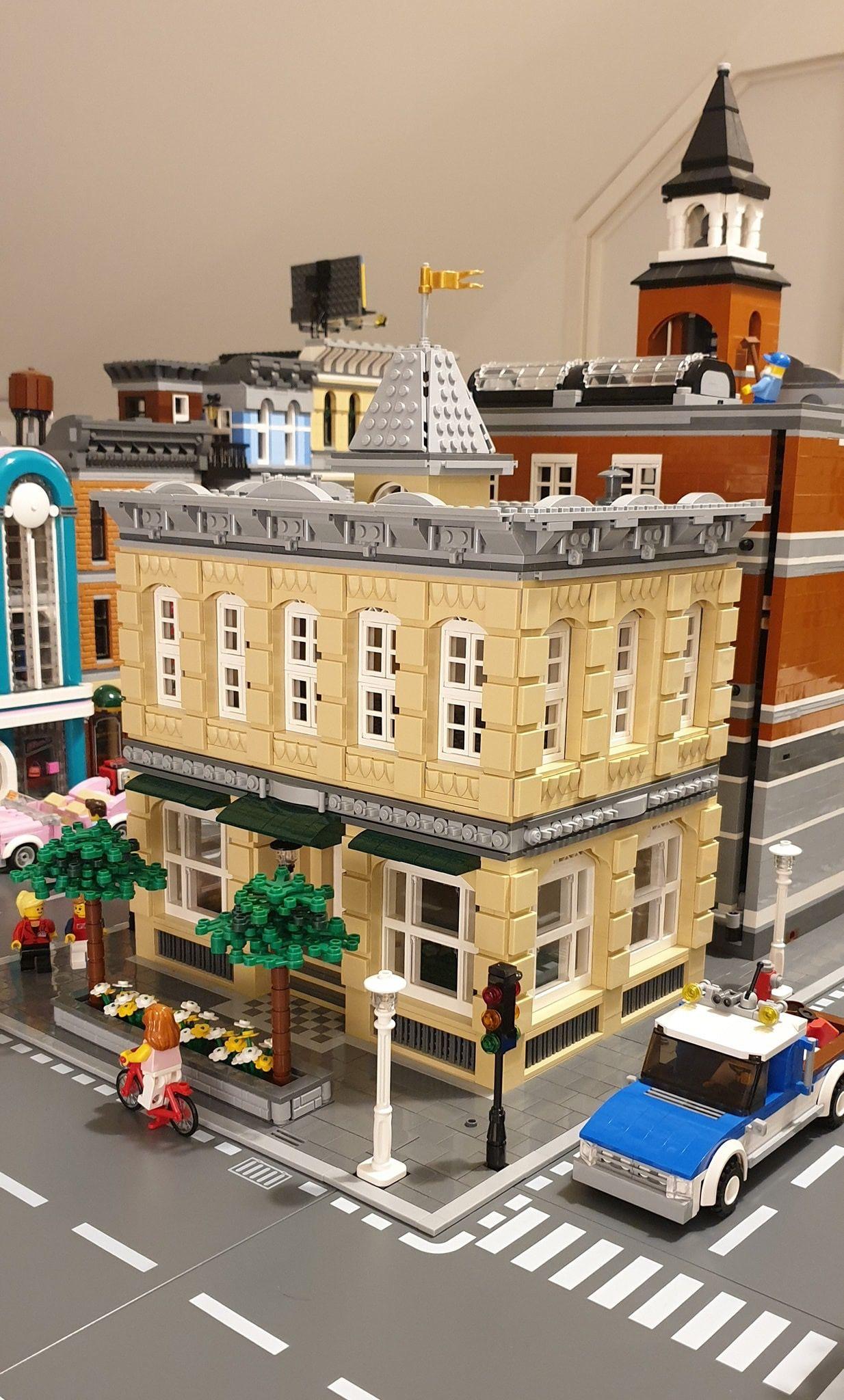 Lego Brick Building | Lego City / Town Ideas | Lego house, Lego