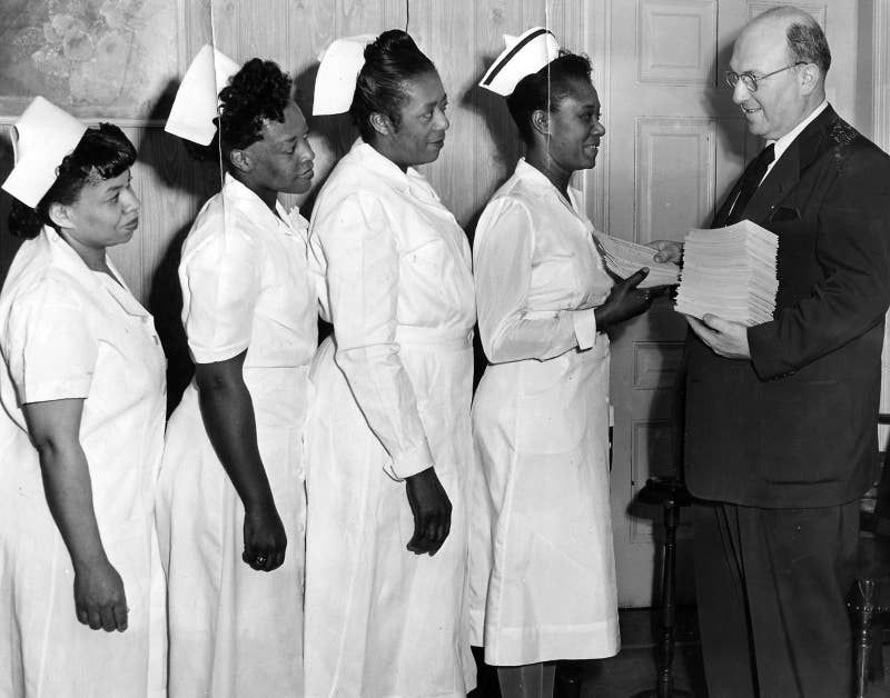 25 Vintage Pictures That Prove Nurses Have Always Been