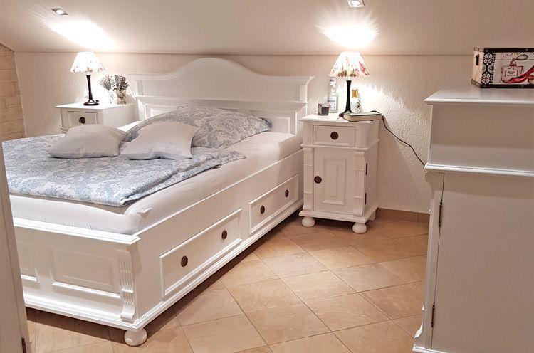 Das weiße Schlafzimmer   MASSIV AUS HOLZ   Schlafzimmer ...