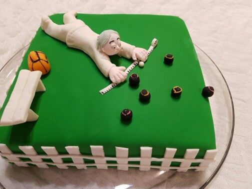 Birthday Bowl: Lawn Bowls Birthday Cake